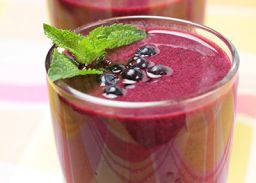 Zomerse smoothie met Molkosan Fruit