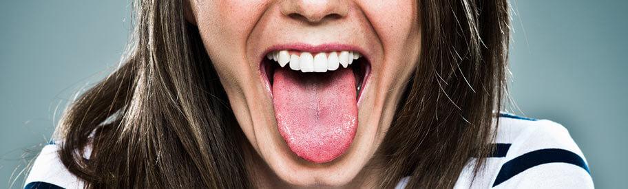petite tache blanche sur la langue