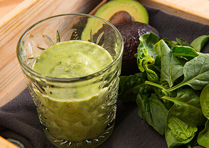 Recept groene smoothie met avocado en spinazie